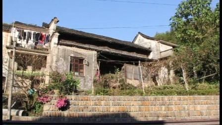 为什么老人舍不得离开这些老房子, 因为对他们有感情了