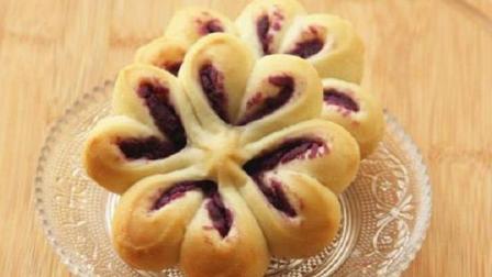 紫薯不用蒸着吃, 简单几步自制紫薯面包, 做出来的比蛋糕还好吃