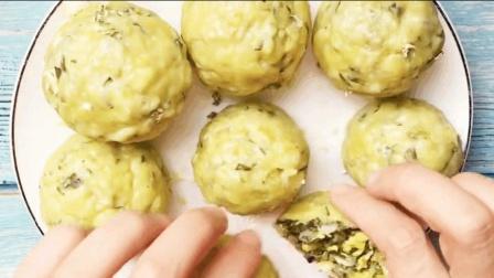 农村大厨教你制作健康玉米菜团子, 皮薄馅多, 来上一口满嘴香