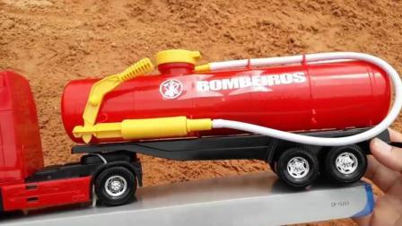 德国曼牌斯太尔21吨喷射式水罐车119消防车儿童玩具消防直升机