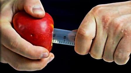5个实用生活小妙招: 用这妙招能快速削苹果皮, 轻松去掉苹果心