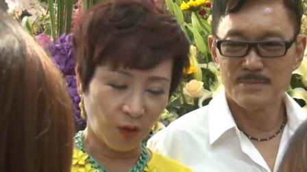 狄波拉懒理张柏芝恋情, 谈谢霆锋当场落泪: 他们父子好可怜