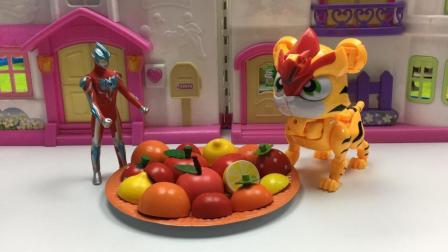 哆啦盒子玩具时间 2017 奥特曼和超星萌宠玩水果切切乐做过家家水果拼盘 504