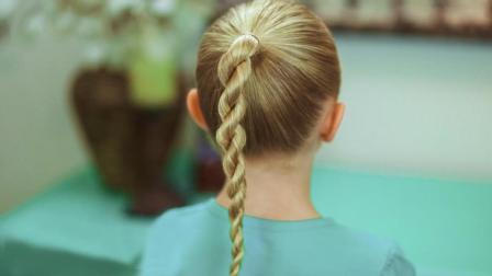 适合小学生发型绑扎方法 马尾辫上编辫子