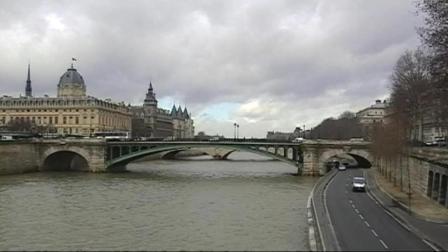 走进巴黎的母亲河塞纳河