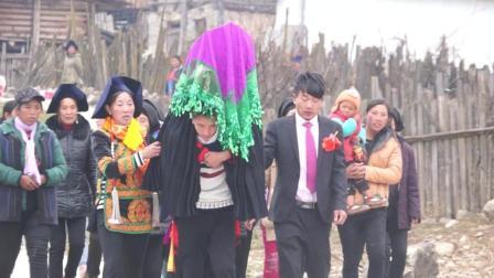 彝人视角婚礼摄影彝族结婚彝族婚礼彝族新娘出嫁好多亲人来相送