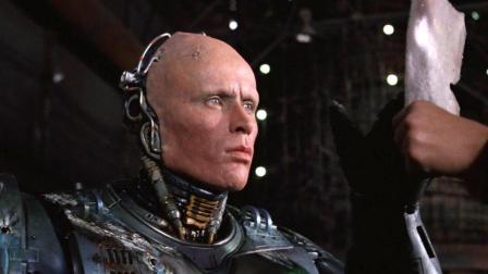 男子被暴徒残忍杀害, 结果竟被改造成机械战警, 速看科幻电影《机械战警1》