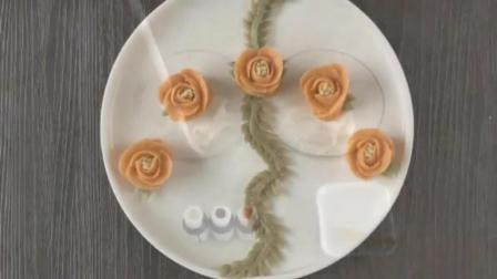 入门裱花蛋糕视频教程 新手水果蛋糕裱花图案 蛋糕鹤的裱花