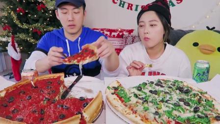 韩国吃播: keemi和男友吃超大的芝加哥深盘披萨和纽约式的薄底披萨