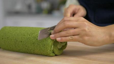 松软可口的抹茶蛋糕卷, 甜而不腻, 制作方法非常简单, 诱人美味!