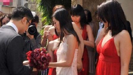 新娘推开门看新郎和伴娘的这一幕, 当场气炸, 这眼里还有我吗?