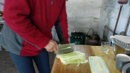 东北的冬天, 每家都要储存几百斤的大白菜, 冬季大白菜最好吃的做法