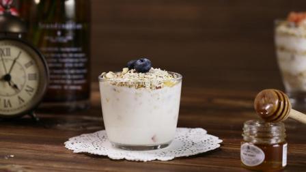 瘦身不能没有它, 水果燕麦酸奶, 这样吃最有范!