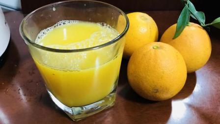 酸甜美味的《鲜橙汁》做法简便时效快, 教你一秒去皮小诀窍