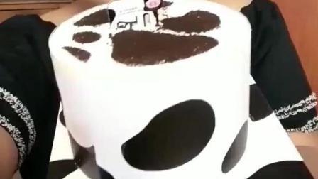 看小胖妹吃甜品, 各种漂亮蛋糕才是真爱, 顿时不想减肥了!