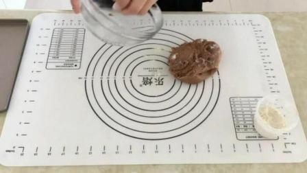 怎么做烤蛋糕 烘焙书籍推荐 韩式裱花培训高级班刘清蛋糕烘焙学校