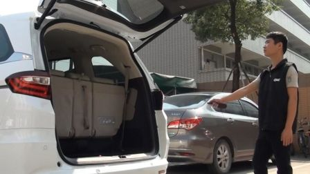 广汽本田奥德赛汽车电动智能尾门就这样被安装成功了