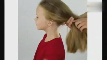 不要再为女儿扎羊角辫了, 学学这位辣妈吧