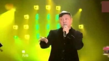 韩磊唱完这首歌, 邓紫棋说: 他是冠军, 后面的不用听了