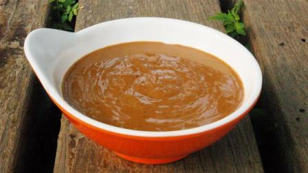 自制花生酱, 质地细腻具有浓郁的香气, 拌面抹馒头超级好吃!