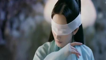 杨幂眼睛缚上白绫, 那一刻好像是仙女下凡, 太美了