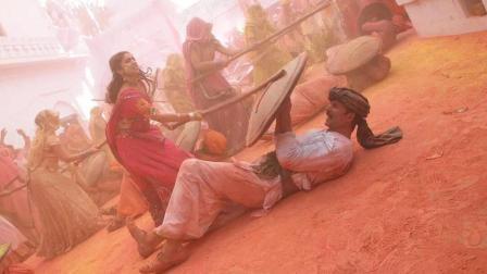 """因""""生理问题""""俩夫妻闹离婚, 这部印度电影尺度真是大的可以了!"""