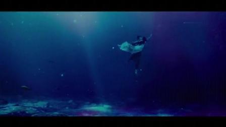黄圣依这段水下吻戏, 画面太美了, 简直精彩