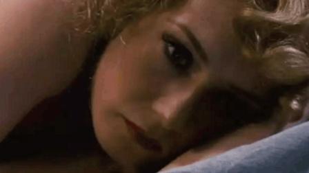 2分钟带你看完一部经典的女间谍电影《黑皮书》