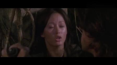 一部史泰龙经典动作片, 激起男人心中千层浪, 女主美得让人心疼