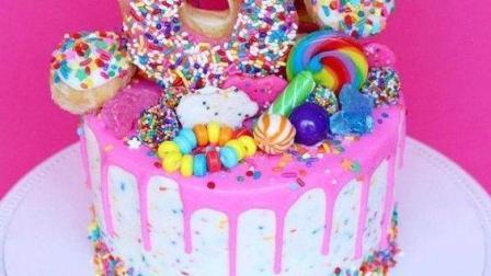 用糖果装饰的蛋糕! 牙医在那!