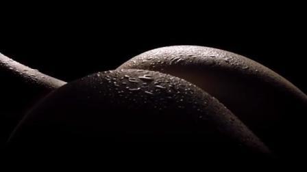 歪果性感美女汉堡创意广告6(搞笑脑洞大开)