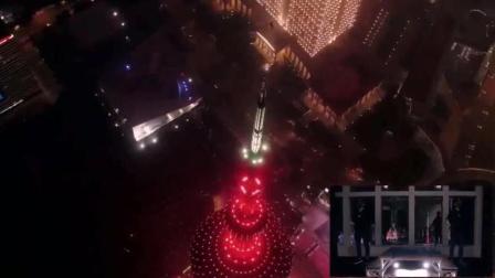 魔术师蔡威泽(Will Tsai)在上海陆家嘴表演, 这简直就是魔法师