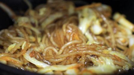 白菜粉条这样炒才好吃, 咸香可口, 一盘上来就抢光, 实在太好吃了