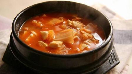 2分钟教你做泡菜豆腐蛤蜊汤, 做法方便用料简单, 酸辣开胃