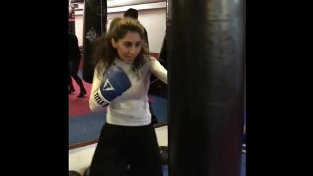 看看国外拳馆的女生, 如果中国女人练了拳击家庭会更和谐!