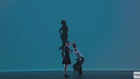 《美国达人秀》唯美舞蹈的映像, 能看出来它要表明什么意思吗?