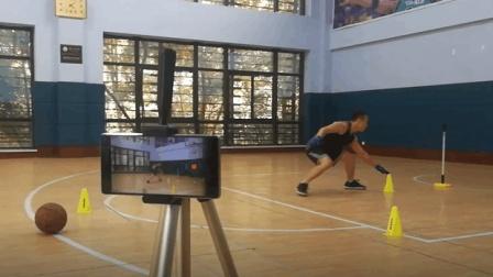 周锐每天蓝球训练 2(共7节) 蓝球脚步体能反应综合训练