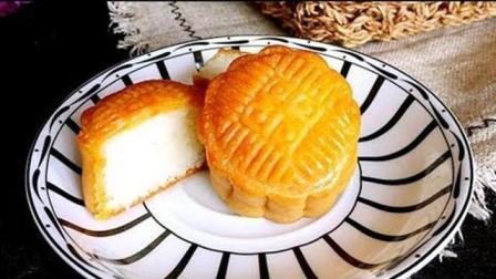 椰蓉月饼相对于蛋黄月饼, 要省事很多, 也简单多了