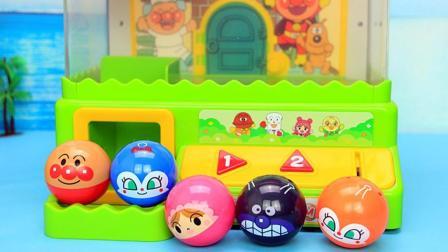 面包超人玩具 会唱歌的夹娃娃游戏机