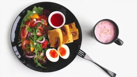 早餐摆盘, 大虾蔬菜沙拉, 营养麦片