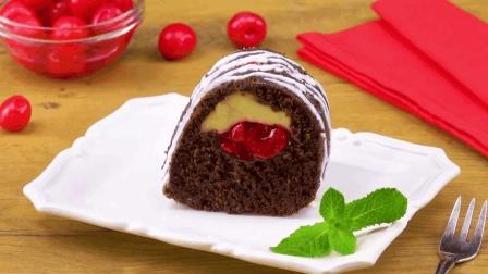 可可樱桃起司蛋糕做法: 可可蛋糕配上樱桃, 带来双倍的诱惑!