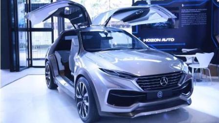 这款清华研制的国产新能源汽车合众一上市谁还买特斯拉, 车标都超过宝马奥迪
