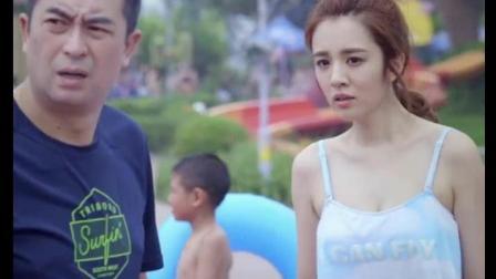 身材犯规, 看着也不像泳衣啊, 一出场就让王小米黯然失色