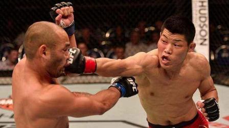 ufc140 UFC李景亮新加坡开场遭卡马乔暴打 绝地逆袭碾压对手