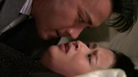 刘恺威雄性激素爆发, 直接将颖儿按床上, 激情大戏上演