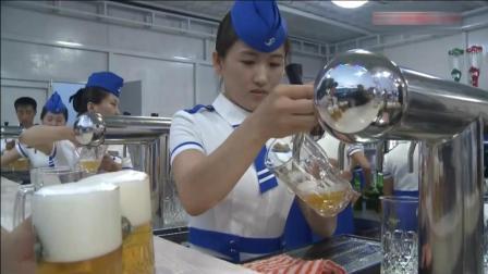 平壤大同江畔举行啤酒节, 美女服务员清新自然