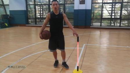 周锐每天蓝球训练 3(共7节)反应灯控球过人训练