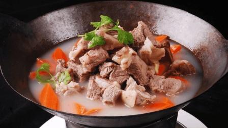 冬天要吃炖羊肉喝羊汤, 小伙教你最极致美味的家常做法!