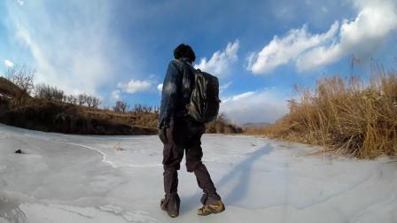 小哥带你去河边体验滑冰, 东北乡村特有的天然滑冰场