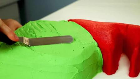 把蛋糕做成工艺品, 翻糖蛋糕圣诞树